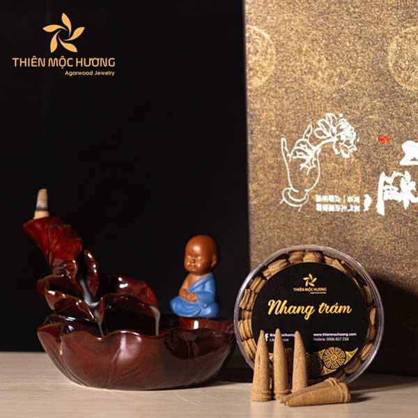 Combo Thác Khói Trầm Hương + Nhang nụ Trầm Hương
