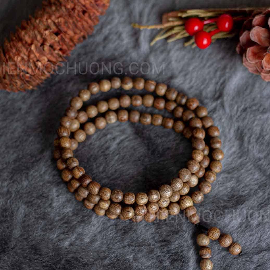 vòng tay trầm hương 108 hạt chìm lào