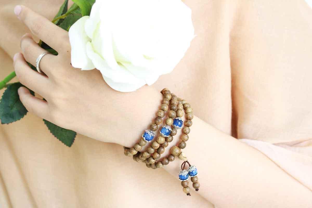 Agarwood Bracelet 108 Ngoc Bao