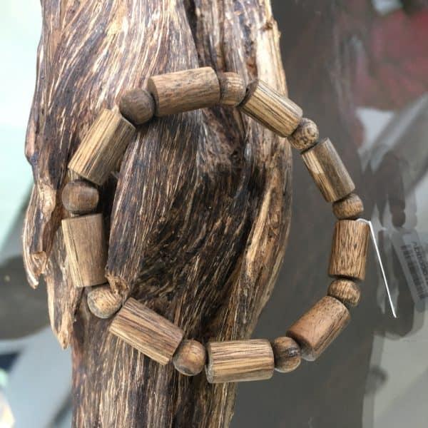 Vòng tay Trầm Hương Trụ Trúc Đơn Lào Vip