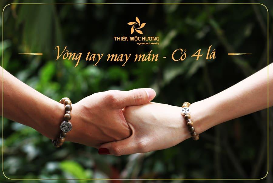 vòng-tay-Trầm-Hương-Cỏ-4-lá-Thiên-Mộc-Hương-1