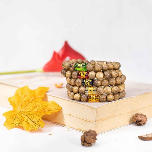 Vòng tay trầm hương lá bùa tây tạng