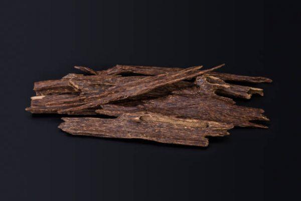 Kỳ nam và trầm hương Thiên Mộc Hương