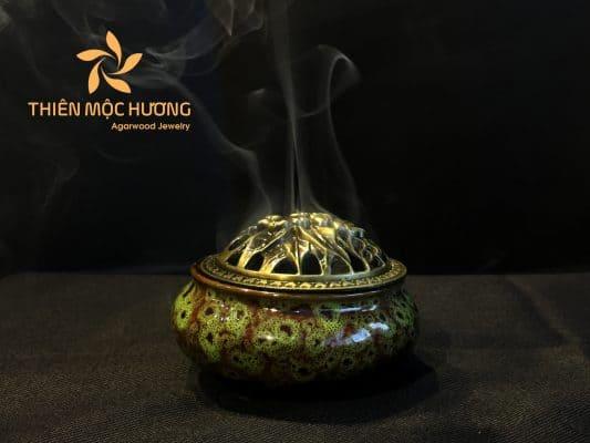 Công dụng của trầm hương - tác dụng của đốt trầm và quy trình đốt trầm đúng cách