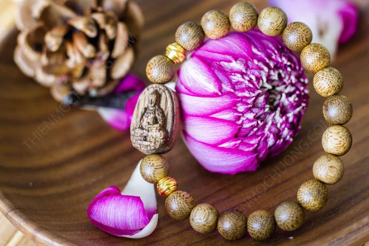 Vòng tay mặt Phật A Di Đà