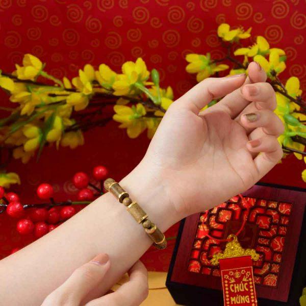Vòng Tay Trầm Hương Hoàng Kim Trụ Lào