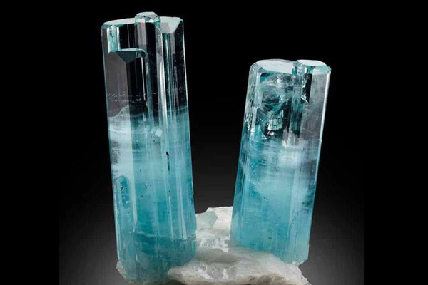 Đá aquamarine cẩm thạch