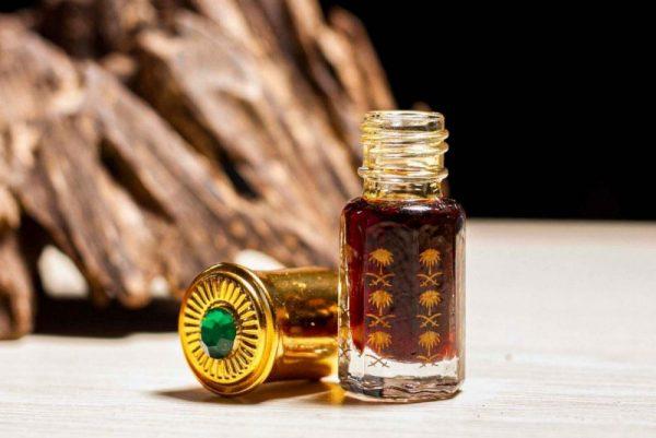 Tinh dầu từ Trầm Hương