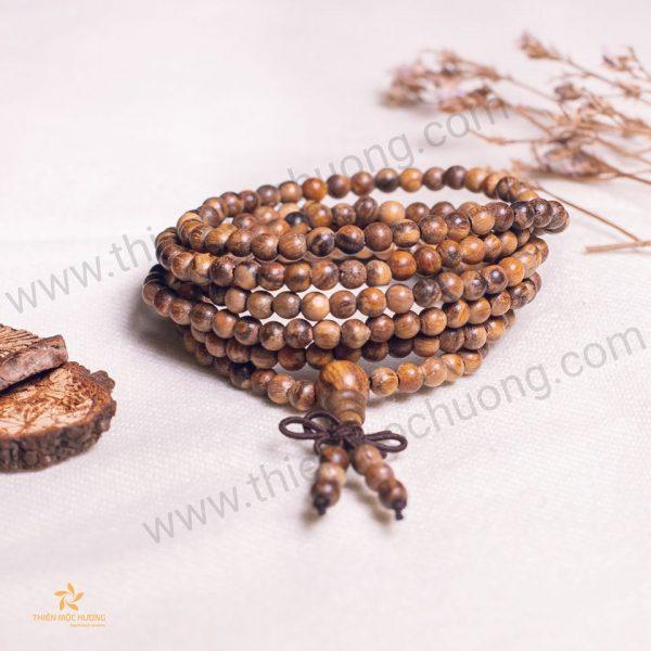 Vòng tay trầm hương 216 hạt