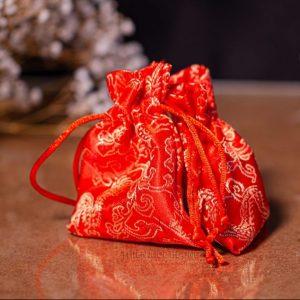 Túi trầm hương