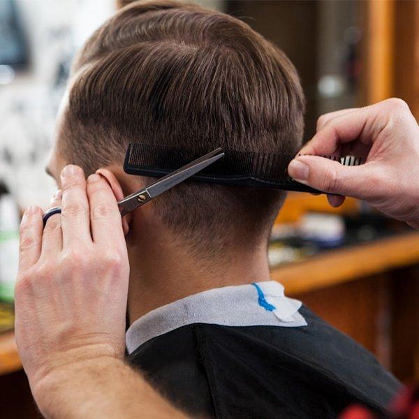 Cắt tóc là một trong những điều kiêng kỵ ngày rằm