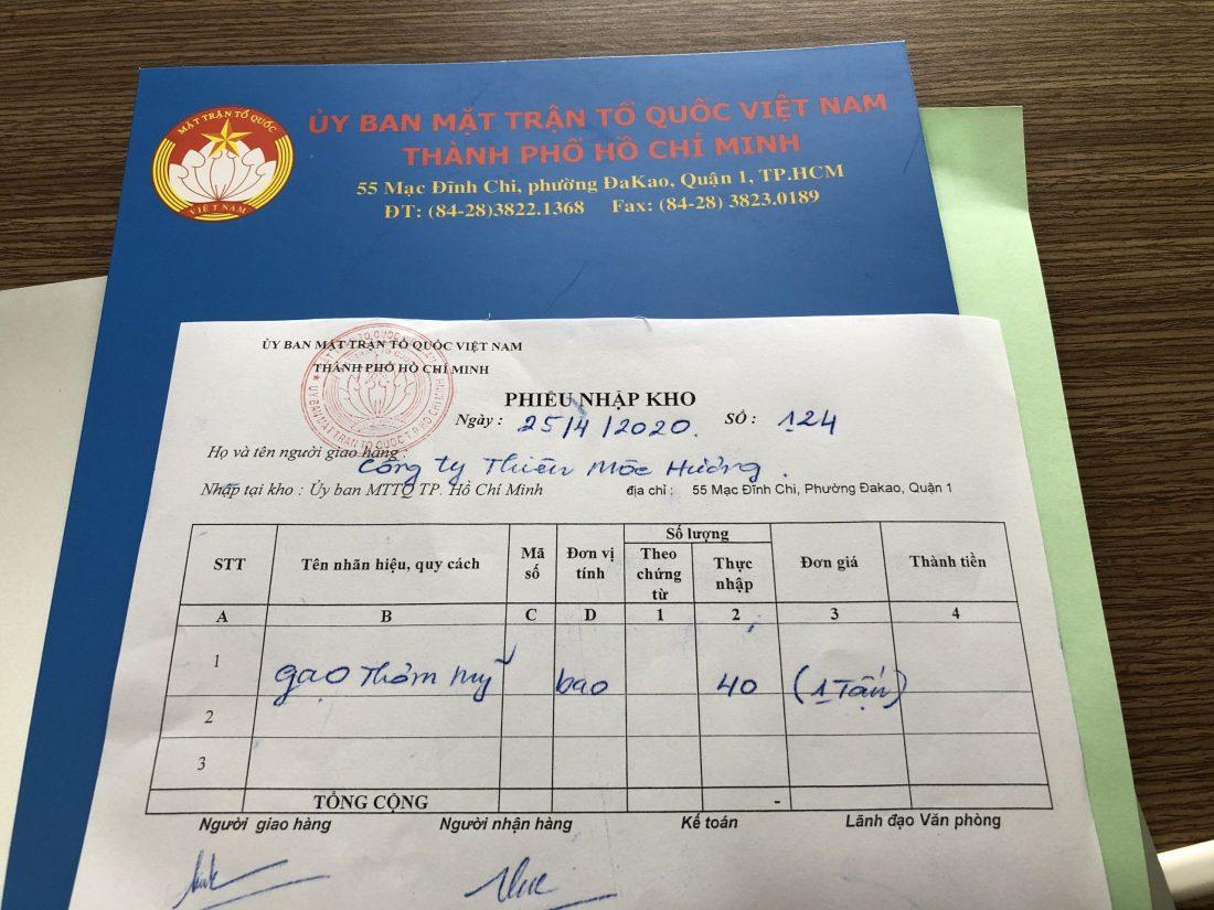 """1000kg gạo ủng hộ Quỹ phòng chống """"Covid"""""""