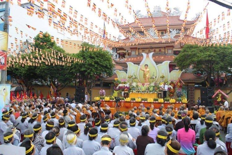Nghi thức ngày Lễ Phật Đản