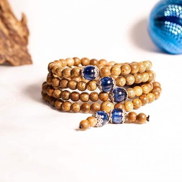Vòng Trầm Hương 108 hạt Ngọc Bảo toát lên sự quý phái cho người đeo