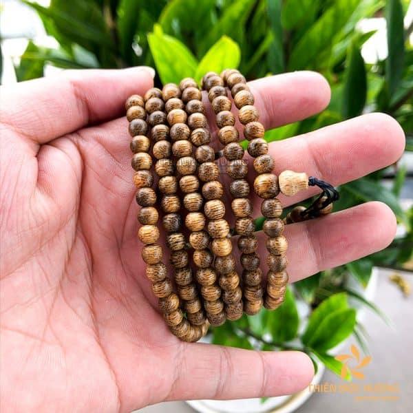 Vòng tay trầm hương 216 hạt Lào xám