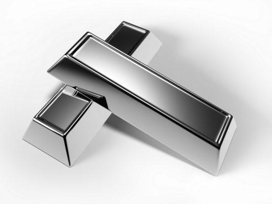 Bạc 925 là sự kết hợp 92,5% khối lượng bạc ta và 7,5% khối lượng các kim loại khác