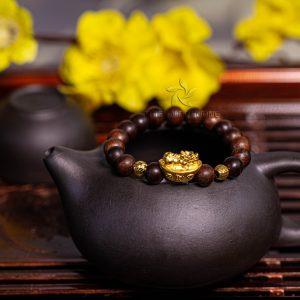 Vòng tay trầm hương tròn đơn Phiplip - Vip