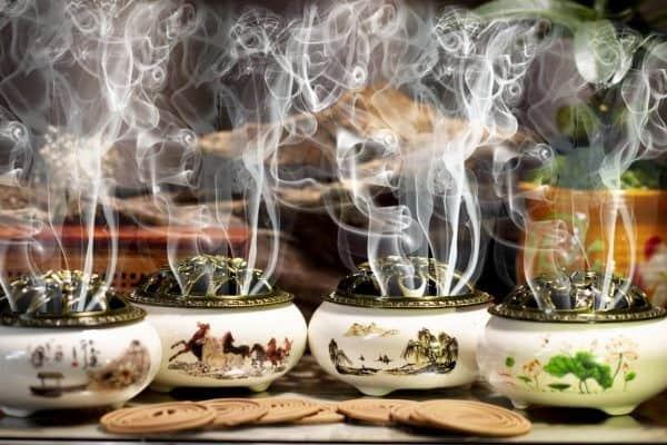 Lư đốt trầm hương cao cấp và nhang khoanh trầm hương