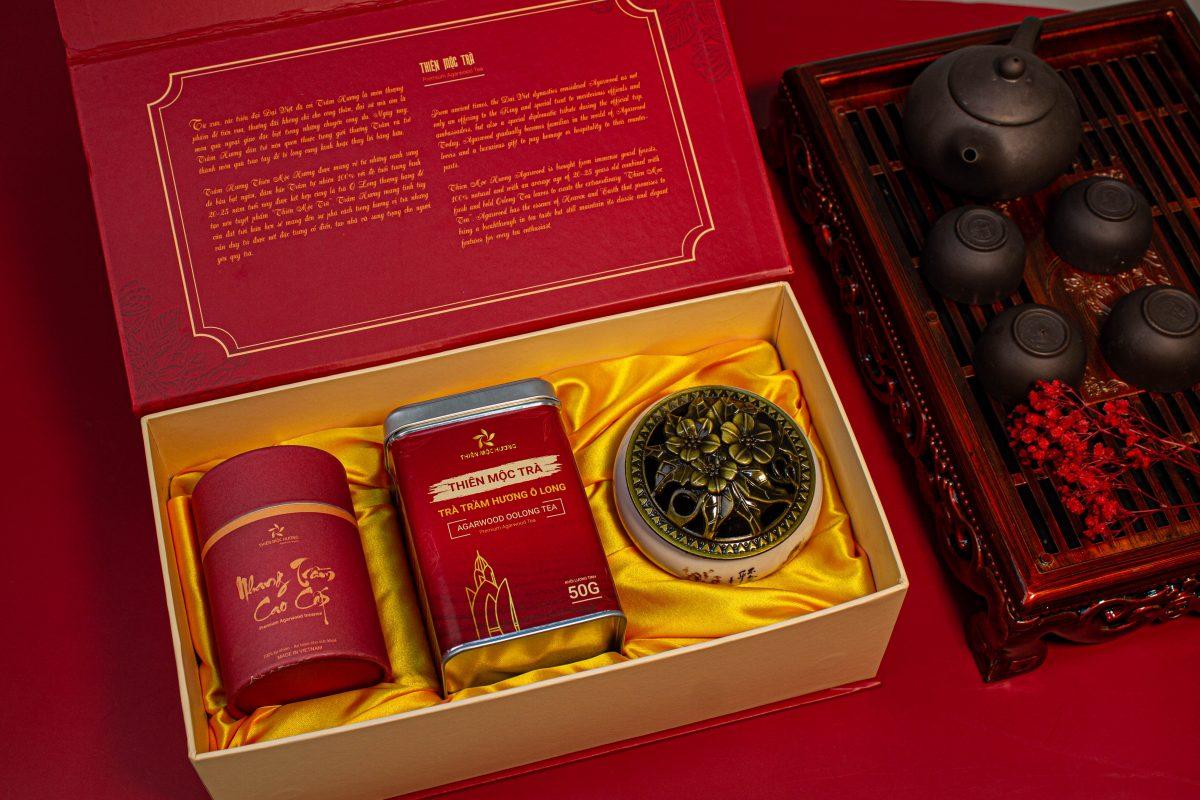 bộ hộp quà tết cao cấp trà trầm hương Thiên Mộc Trà