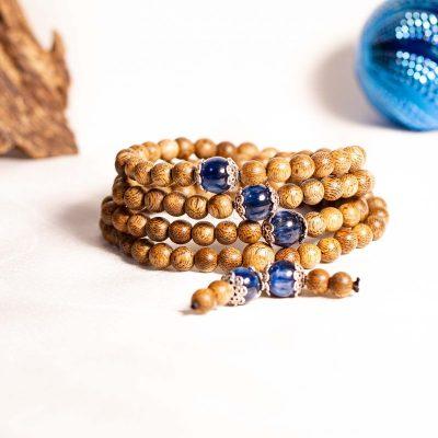 Vòng tay gỗ Trầm Hương - đá thạch anh xanh cho người mệnh Thuỷ